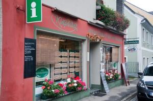 Der Bauernladen im Zentrum von Arnfels ist auch eine Informationsstelle für Touristen.