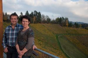 Anni und Alois Marko sind mit dem aktuellen Weinjahr sehr zufrieden. vom Jahrgang 2012 sind manche Sorten schon ausverkauft.