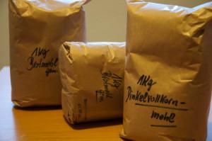 Mit dem Mehl der Kennmühle kann man das tolle Brot der Buschenschanken zuhause nachbacken.