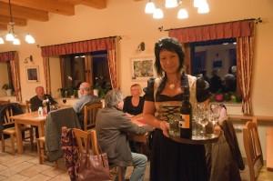 Sabine Gallunder kümmert sich um ihre Gäste.